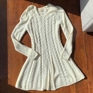 Hollisyer sweater dress size medium